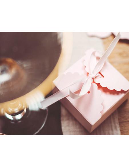 1 Boite Dragées Rose Pastel Festonnée